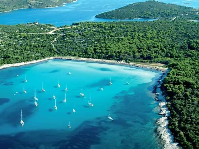 Секс на пляже в хорватии
