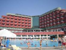 В Алании, отлично отдыхать в отеле Delphin Deluxe Resort
