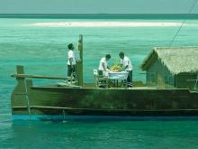 Оригинальный отель на Мальдивах Dhoni Island