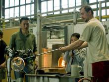 На фабрике Мозер делают знаменитое чешское стекло.