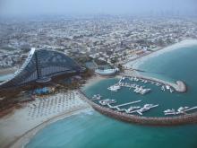 Эмираты предлагают отдыхающим в феврале достаточно теплое море