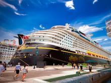 Множество круизных лайнеров заходит на Багамские острова