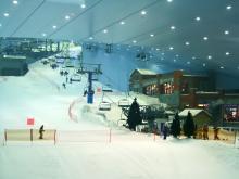 Горка для катания на горных лыжах в Дубае