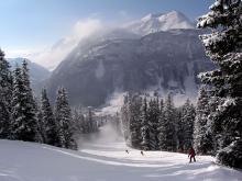 Лыжные трассы Австрийского курорта Лех отличаются ухоженностью, длиной и красотой окружающих пейзажей