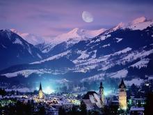 Сказочный ночной вид на Австрийский курорт Китцбюэль
