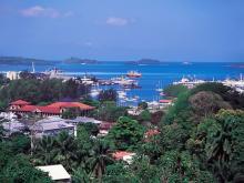 Каждый год в гавани Сейшельских островов заходят сотни яхт.
