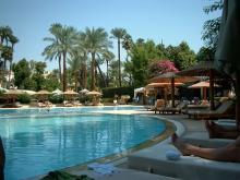 Отдыхая в Египте зимой, выбирайте отели, где есть бассейн с подогревом.