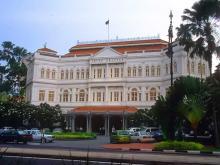 Raffles Hotel в Сингапуре, расположенный в старинном здании
