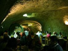 В соляной пещере Карловых Вар можно подышать целебным воздухом.
