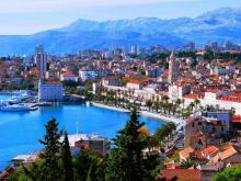 Сплит крупнейший на побережье Хорватии город и отличный курорт