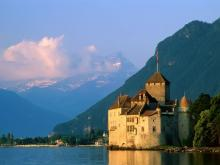 Самый загадочный в старинный Швейцарии замок - Шильонский