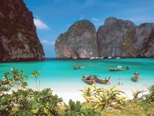 Заходы в тихие красивые бухты одна из фишек тура в Тайланд
